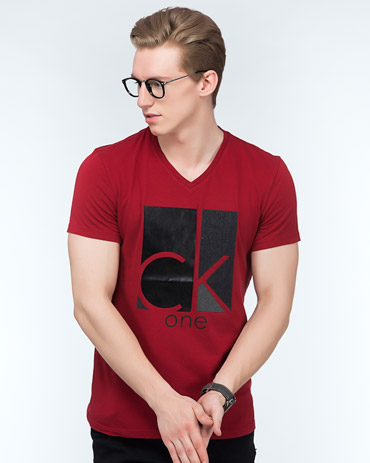 Printed V-Neck Tee